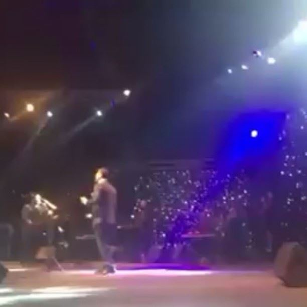 ديو بين وائل_كفوري وجمهوره فيمهرجانات_القبيات waelkfourynews
