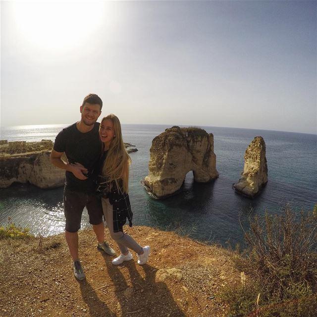 Помню, около пяти лет назад, когда мы только-только начинали наши путешествия, я наткнулся на статью о Ливане в очередном travel-журнале (Pigeon Rocks, Beirut)