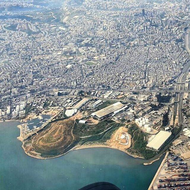 Ceci n'est pas un parc. (Borj Hammoud, Lebanon)