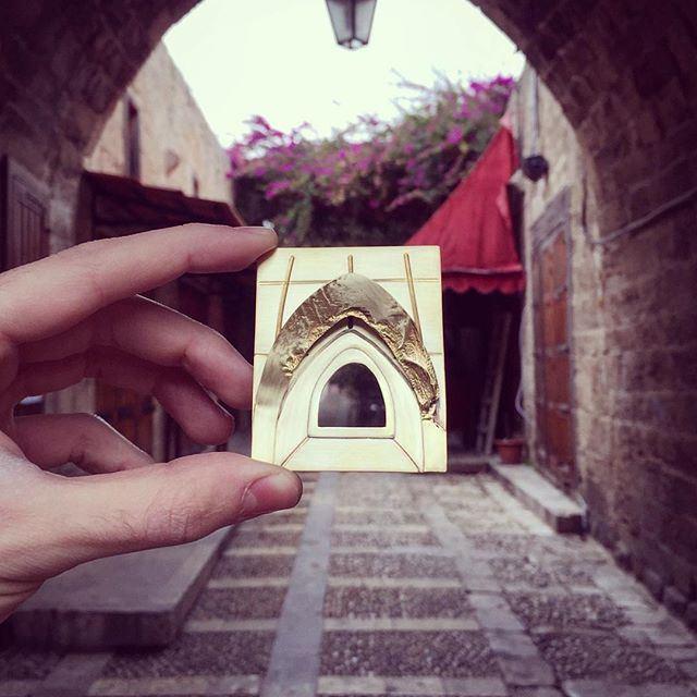 قلعة كبيرة و قلبها كبير، و بيساع الدني كلها...