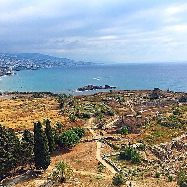 """""""The Crusader Castle and Ancient Ruins in Byblos"""