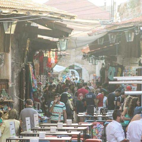 السوق الشعبي القديم...