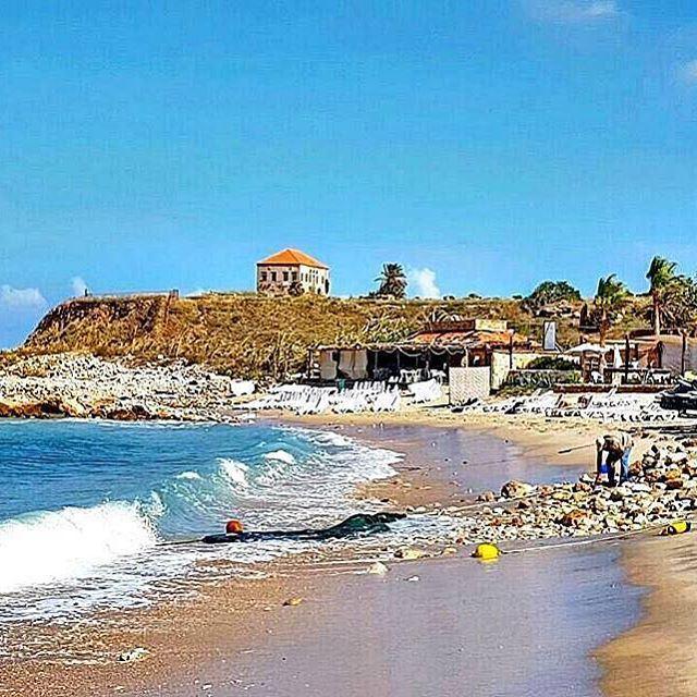 Sur tes plages, notre Byblos...