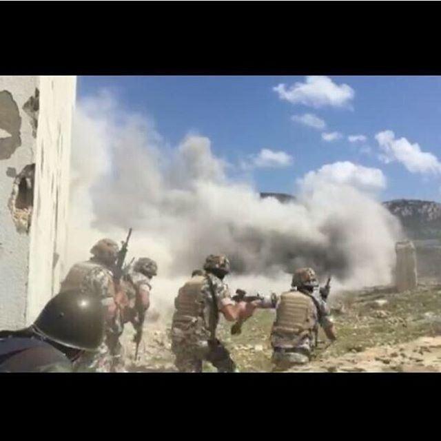 القوة الضاربة - الأمن العام تدريب دورة مداهمة مدرسة القوات الخاصة✌️🇱🇧
