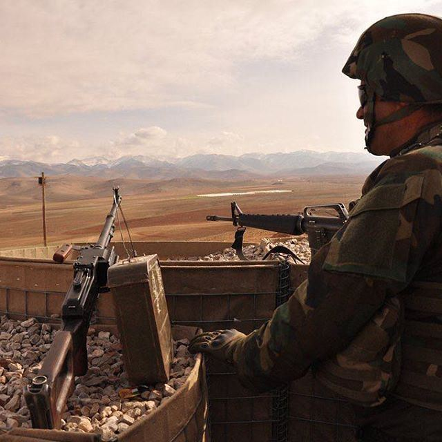 الف تحية للجيش اللبناني، و دعوات مقدسة إلى ابطال الجيش في عرسال و كل منطقة تشهد المعارك✌️✌ 🇱🇧🇱🇧 عرسالالجيش_اللبناني