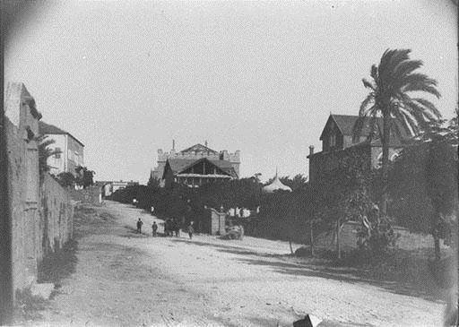 AUB Medical Gate 1890s