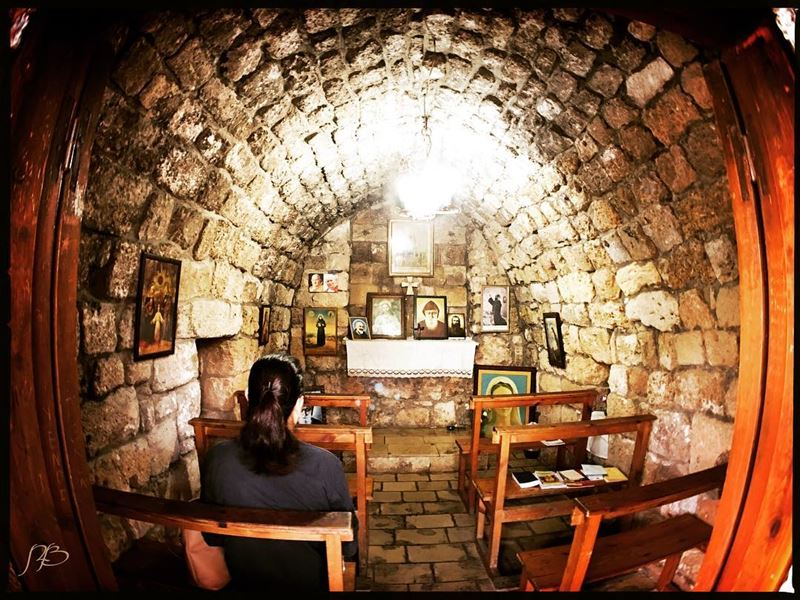 Tiny chapel in Jbeil...احد مبارك