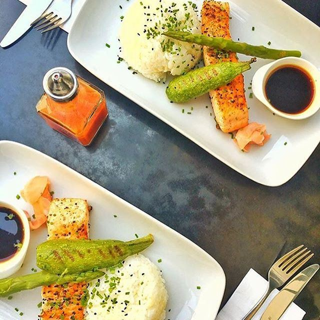 Grilled salmon 🐟 So. Much. Yes. 😍 Credits to @khodorzain  (Orient Express)