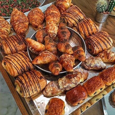 Good morning! ❤️☀️❤️☀️❤️☀️❤️ croissants by @daliarecommends
