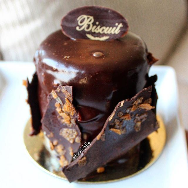 Lets have chocolate ❤️🍫😍 From @biscuitsarl 👍👍👍👍 (Biscuit SARL)