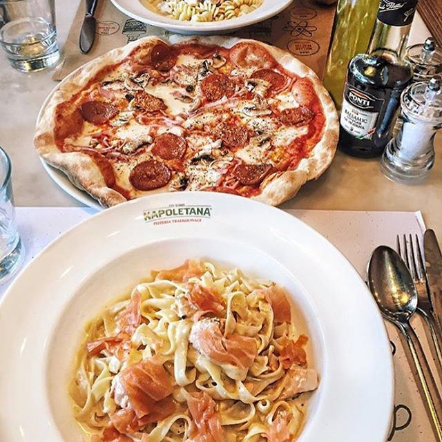 What's for lunch? 🍝🍕🍴 Credits to @Michel.saad (Napoletana)