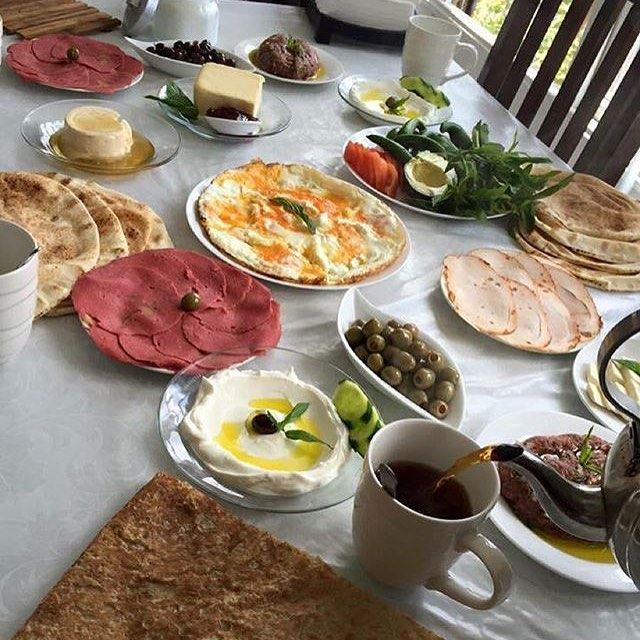 Good morning foodies ☀️☀️☀️ it's finally Friday! 😍👍 Credits @lebanese_chef