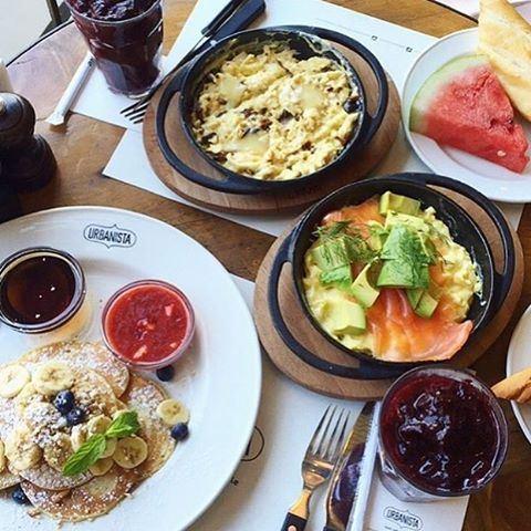It's never too late for breakfast brunch 🙈☀️☀️☀️ Credits @ak_elsa (Urbanista-Gemmayzeh)
