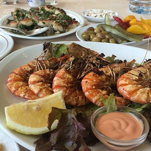 What's for dinner 🍴😍 (L'OS - Ain Saade)