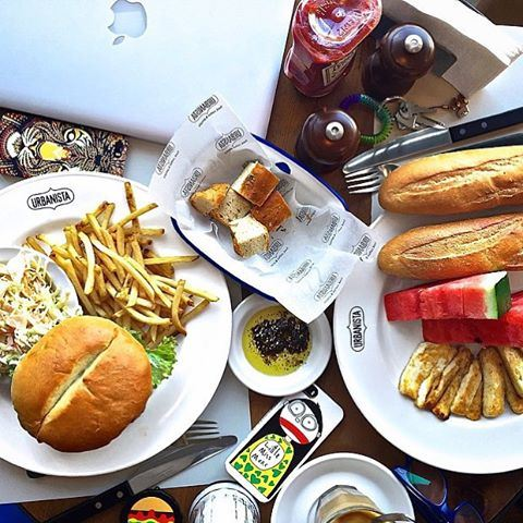 What's for lunch? ☺️☺️🍴 Credits to @yasminaezz (Urbanista-Gemmayzeh)