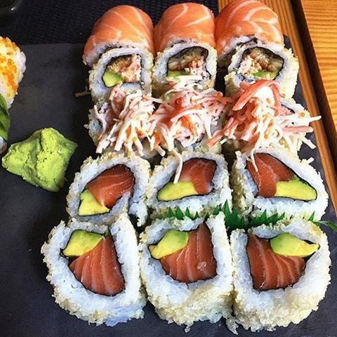 Any sushi fans? 🍣🍣🍣😍❤️ Credits to @dineverdiet (Soto)