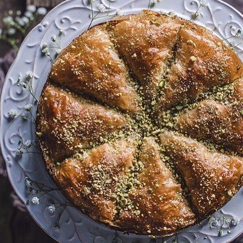 Baklava Cake made by the talented @gintare_marcel 😍😍😍 LebanonEats Lebanon beirut baklava lebanese lebanesefood cake baklavacake homemade arabicsweets dessert sweet sugar yummy foodie foodporn foodgasm