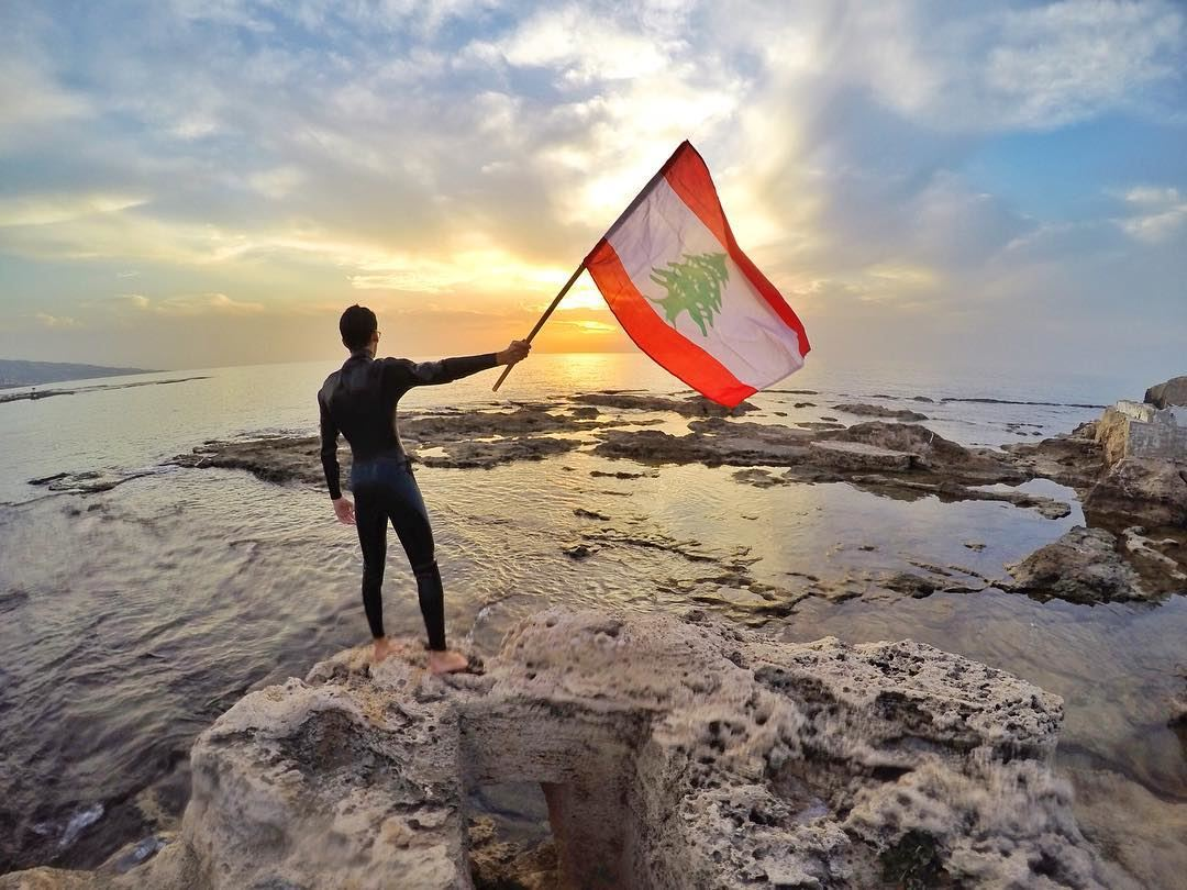 Nothing is more precious than the independence of your country. (Batroûn)