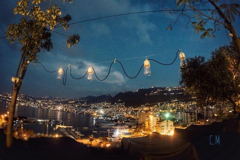 \ (Lebanon Jounieh)