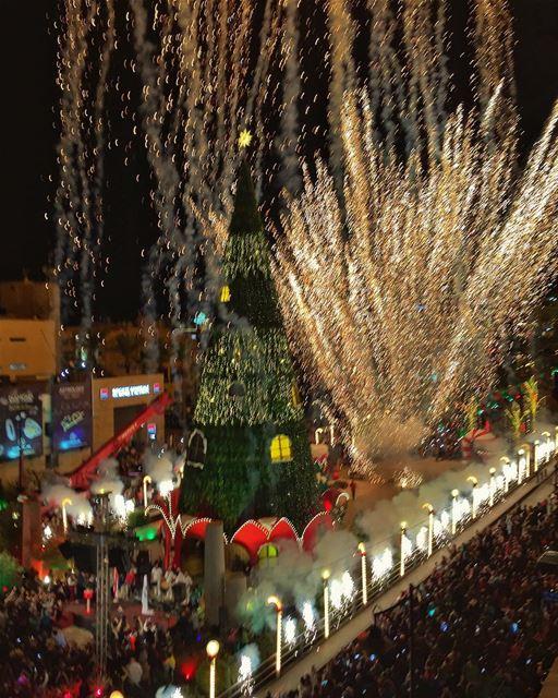christmas tree byblos (Byblos - Jbail بيبلوس/جبيل)