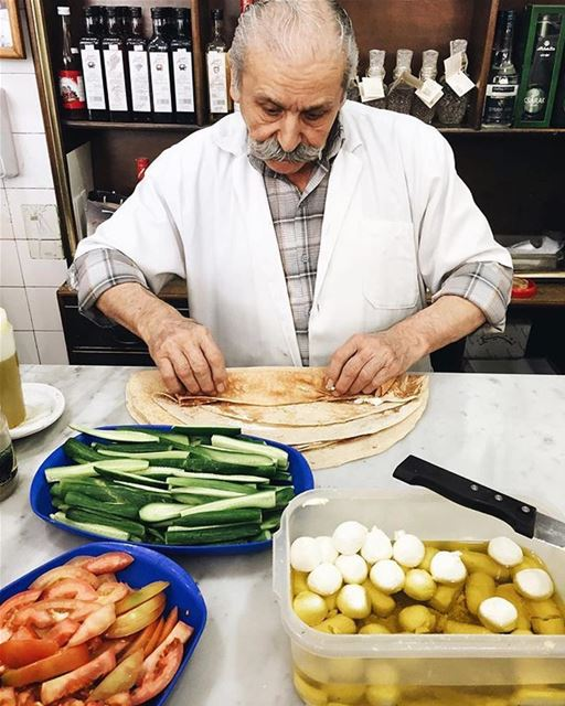 A labneh sandwich and this man's warm welcome (Chtaura)