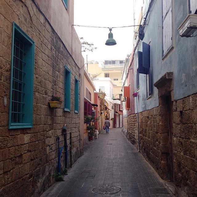 Warm streets😌 (Tyre, Lebanon)