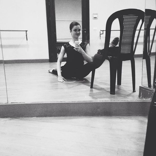 Every day with the split🙈 (Caracalla Dance School)