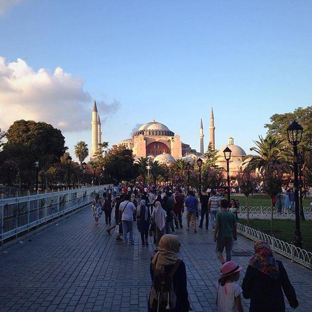Айя-София / Константинополь / нынешний Стамбул (Sultan Ahmet Camii Meydanı)
