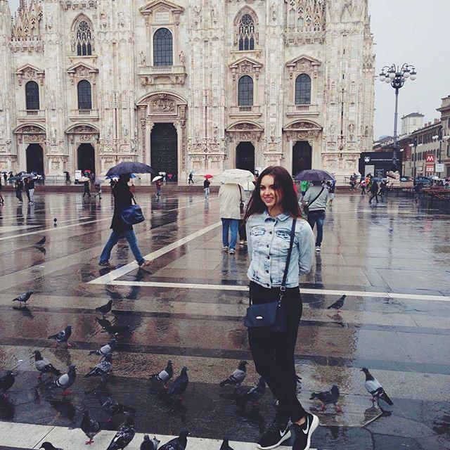 Без голубей никак🙈 (Milan Cathedral)