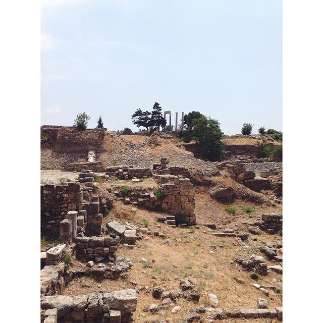 Руины, руины, руины - тут древность витает в воздухе!
