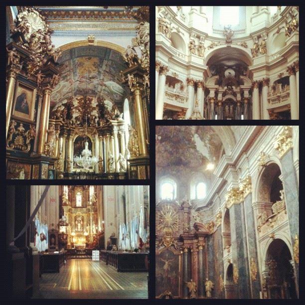 Во Львове очень много соборов/костелов/храмов!