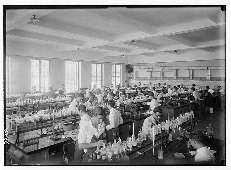 AUB Chemistry Classroom 1920s