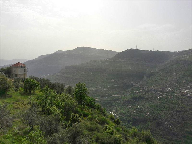 لوحات الله راسما .. (Chartoûn, Mont-Liban, Lebanon)
