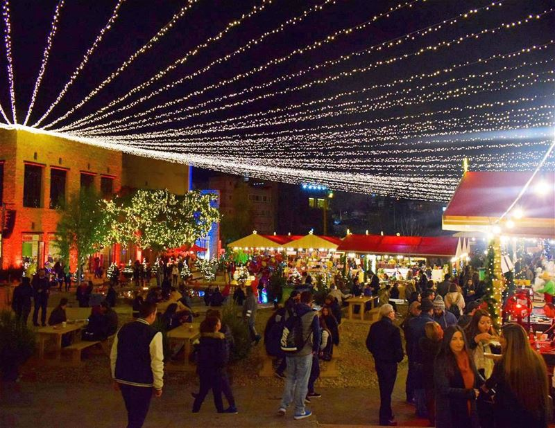 Celebrating Christmas In Souk El Akel, Antelias 🎅 (Souk el Akel)