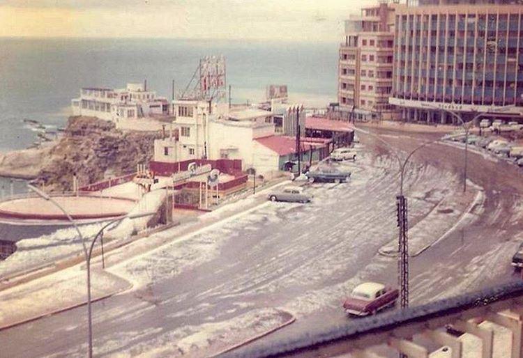 بيروت الروشة ١٩٦٣ ،Beirut Raouche Under the Snow 1963