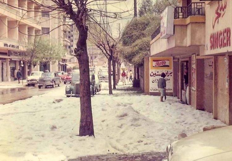 بيروت شارع الحمرا ١٩٦٣،Beirut Hamra St Under the Snow 1963