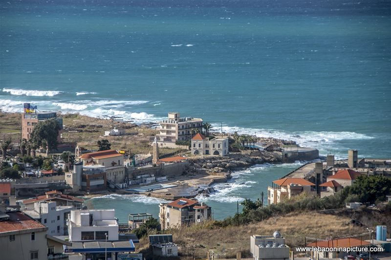 Saint Paul Bay being Hit by the Waves (Safra, Lebanon)