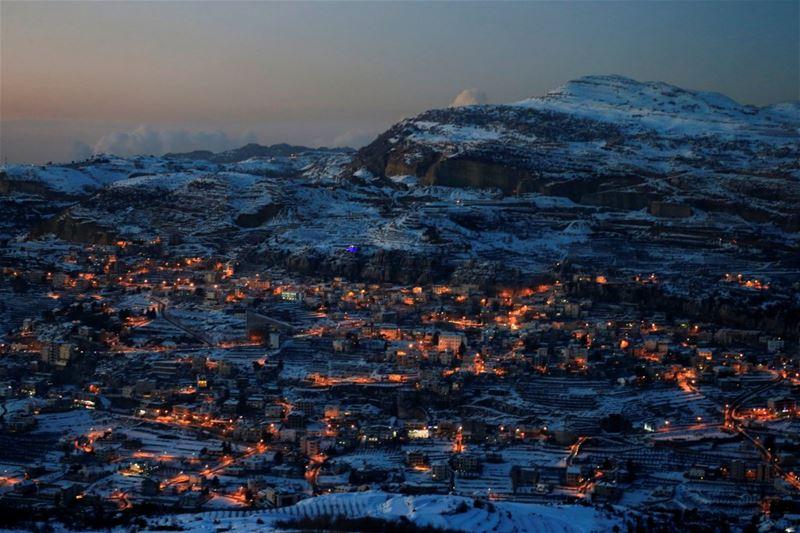 Snow covers Faraya village on Mount Lebanon. (Jamal Saidi / REUTERS)