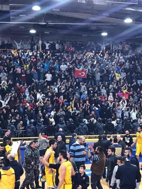 The LBF fined Riyadi and banned their fans from attending a game after Turkish flags were raised and disrespectful slogans were chanted during their encounter with Homenetmen