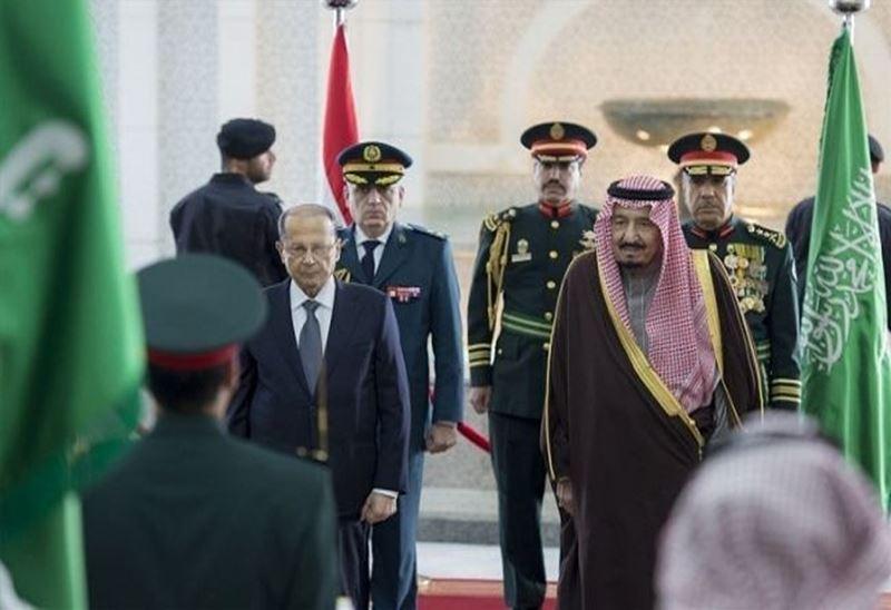 Michel Aoun being welcomed by King Salman in Riyadh, Saudi Arabia.