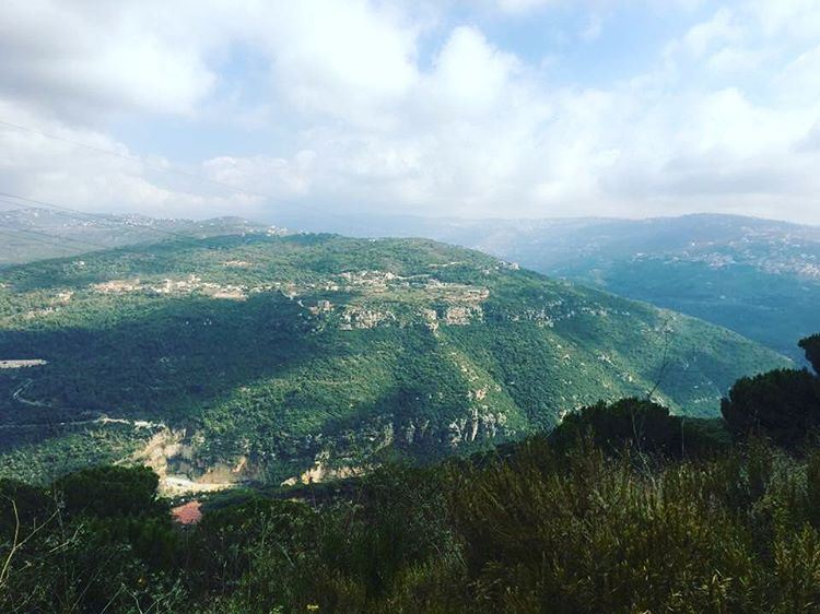 Mount Sannine - جبل صنين
