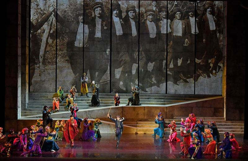 "Caracalla performers staging a spectacular musical production ""Sailing the Silk Road"" showing in Forum be beyrouth . (Nabil Ismail)"