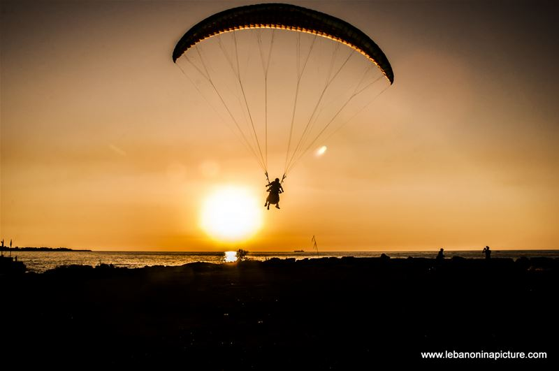 Paragliding from Ghosta Mountain and Landing in Maameltein Near Jounieh