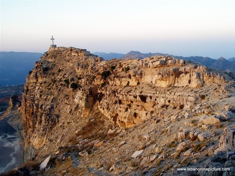 A Hike Between Akoura and Laqlouq