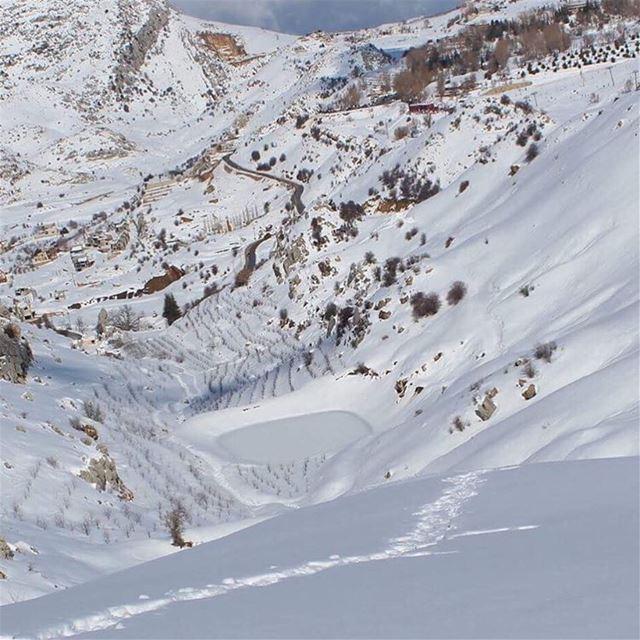 frozenpool valley laqlouq snow lovelyplace lebanontimes naturelover... (Laklouk)