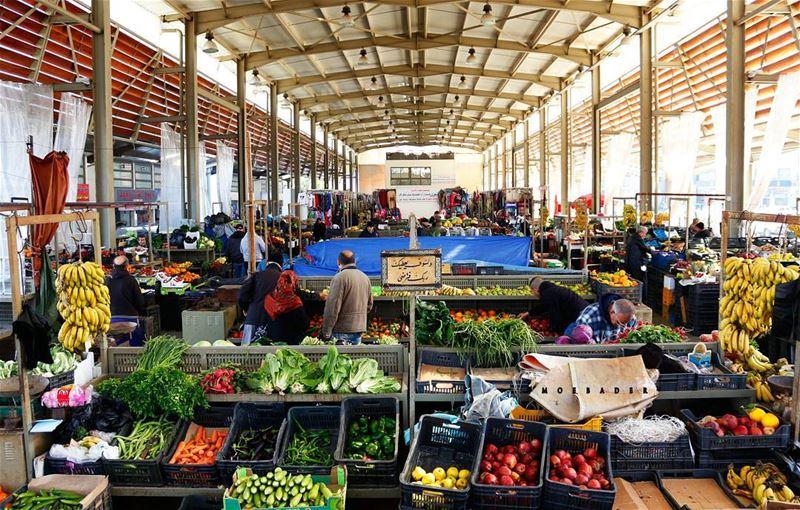 """•be humble❤مش عيب أو غلط إذا دخلت ع سوق الخضار بمدينة صور أو """"الحسبة"""" ، ل (Tyre, Lebanon)"""
