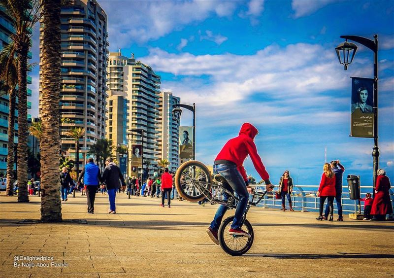 lebanon rawshe beirut bike freestyle talent arabs morning sunday ... (Beirut, Lebanon)