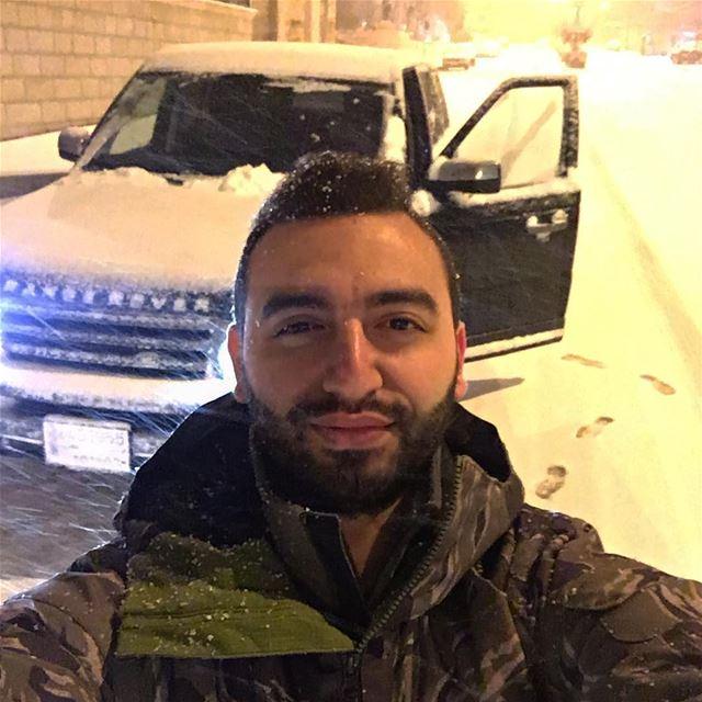latenightcruise selfietime snowfall landrover rangeroversport ... (Jezzîne, Al Janub, Lebanon)