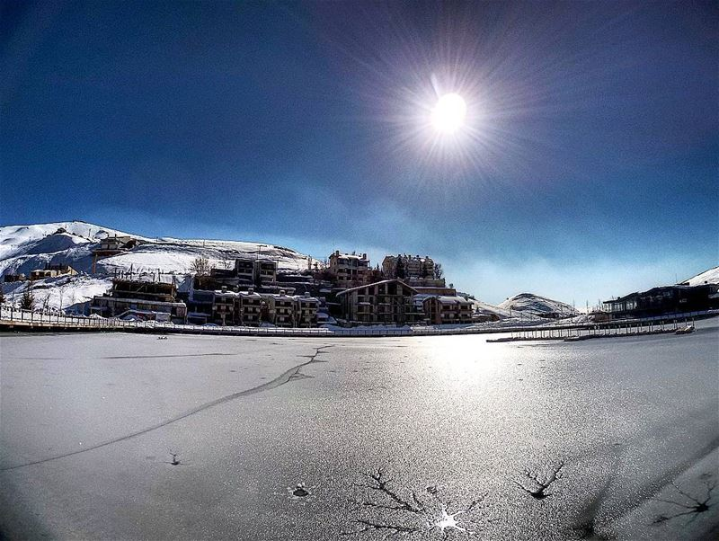Frozen lake ❄ livelovebeirut livelovelebanon lebanon_pictures ... (Zaarour Club)