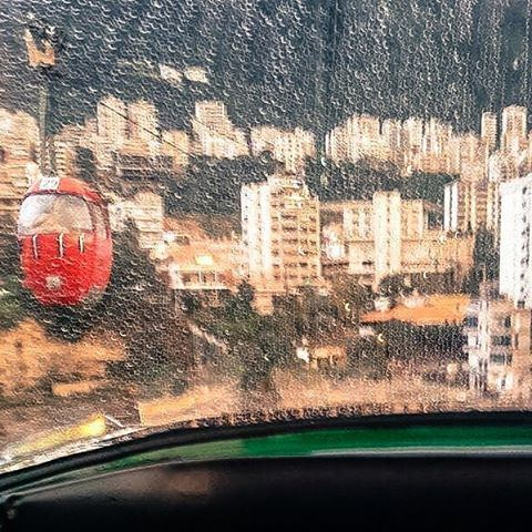 في ماضي منيح بس مضى صفا بالريح.. بالفضا ❤🎈... lebanon rain ... (Telefrique Jounieh)